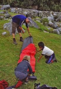 Bergknirpse helfen uns am Choro Trail